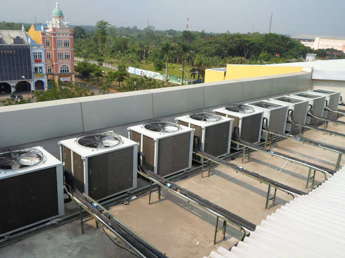 Pemasangan Outdoor AC Splitduct